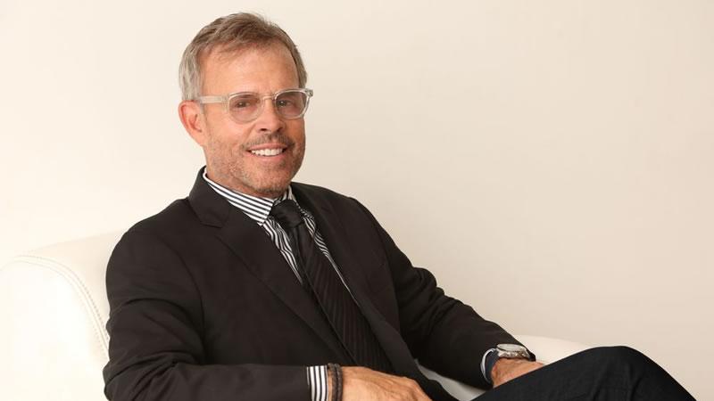 马克·素瑞医生,Dr. Mark W. Surrey, M.D.,素瑞医生,Surrey医生